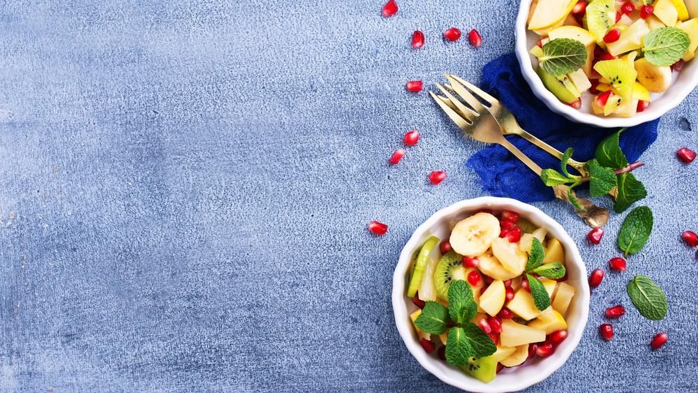 Fruchtsalat mit Minze