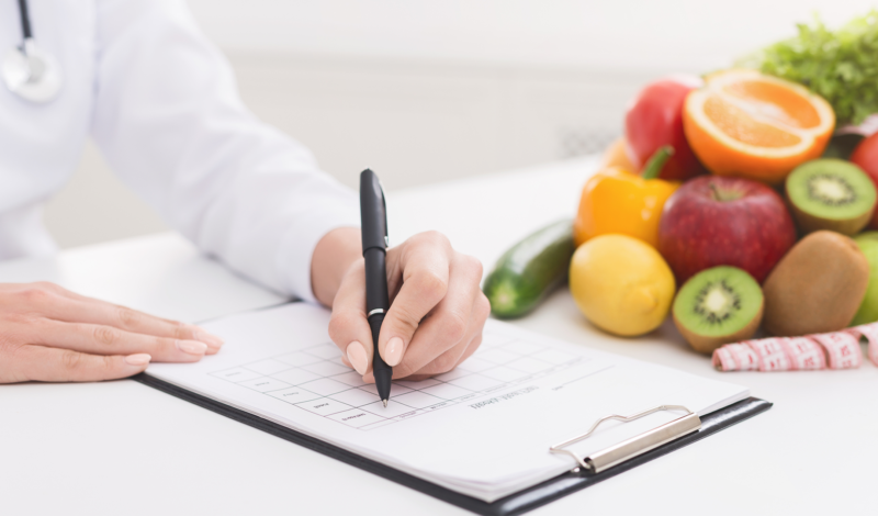 Ernährungsplan erstellen Assoziationsbild