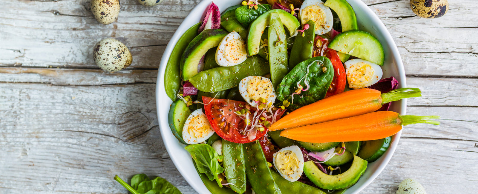 Vegetarische Bowl Vegetarier*in werden und abnehmen: Ist es so einfach?