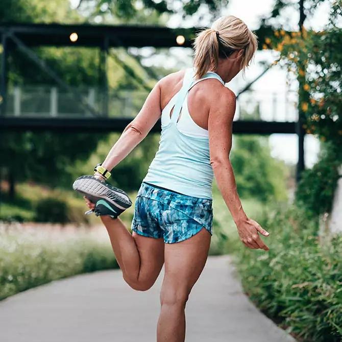 Fitness Beiträge Frau macht Sport